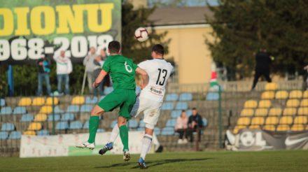 Grad bramek przy Sportowej. Legia II wygrywa w końcówce